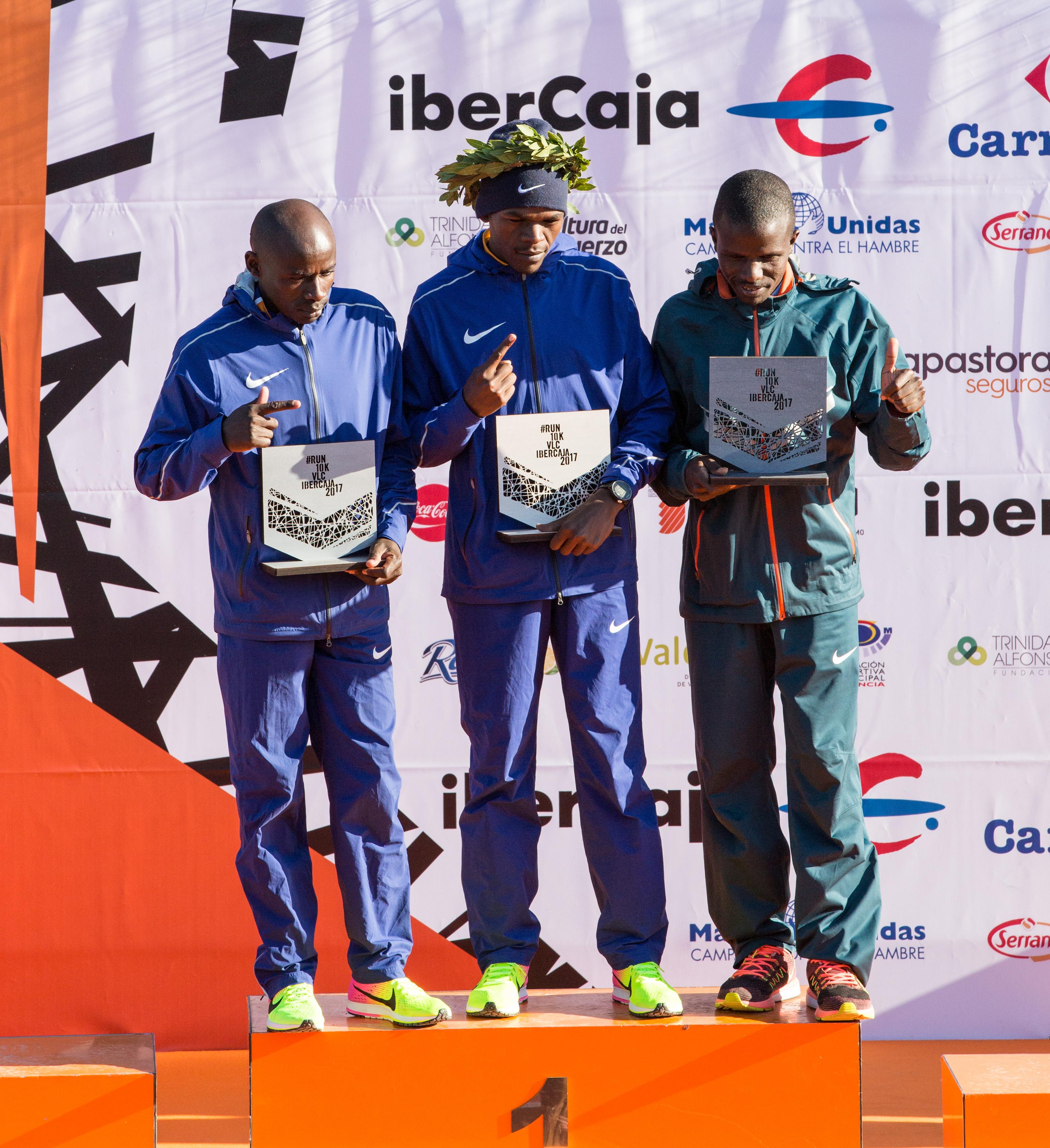 Podium masculino 10K Valencia 2017